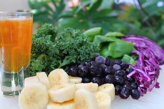 生きた酵素-野菜やフルーツがどっさり